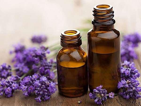 Tinh dầu oải hương hoạt động như 1 chất kháng khuẩn và chống oxy hóa cực tốt cho da.