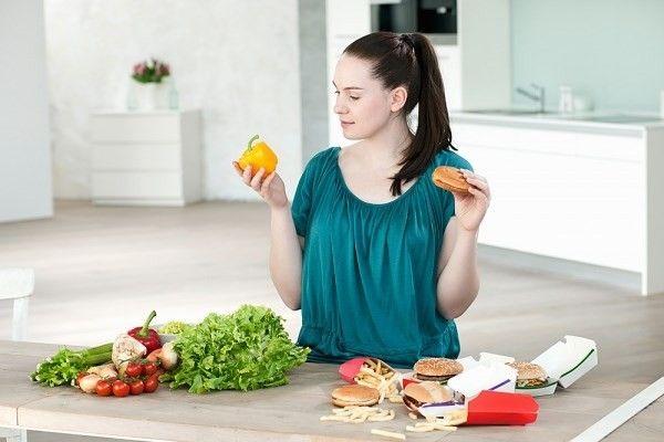 Mẹ bầu nên chọn những loại thực phẩm có nguồn gốc uy tín.