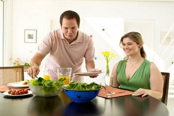 Bữa ăn phải vừa đầy đủ dinh dưỡng, vừa ngon miệng.