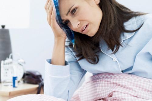 Stress sau khi sinh khiến cơ thể mệt mỏi và có thể gây ra trầm cảm sau sinh