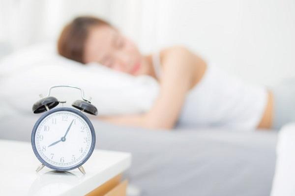 Thời gian ngủ giúp cơ thể mẹ được nghỉ ngơi, phục hồi.